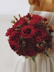 Scaret Rose & Berry Bridal Bouquet